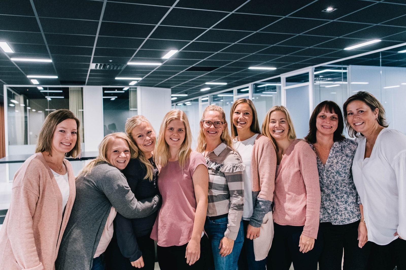 Bilde av ansatte i Solregn
